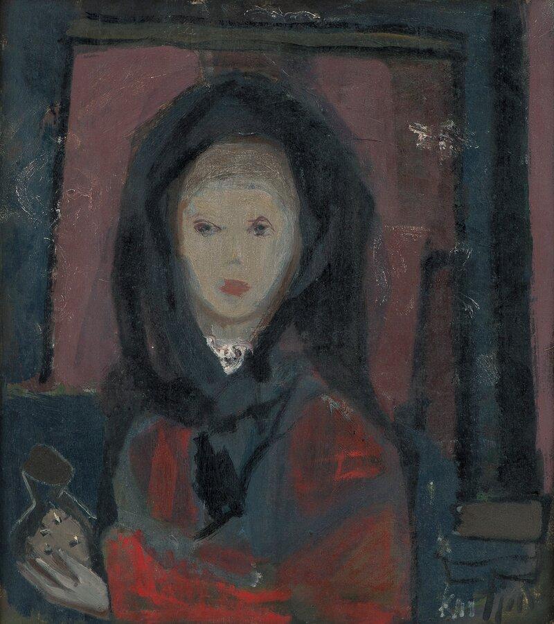 Kvinne med svart sjal