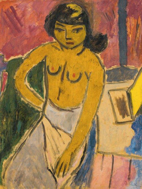 Kvinne i interiør, halvakt