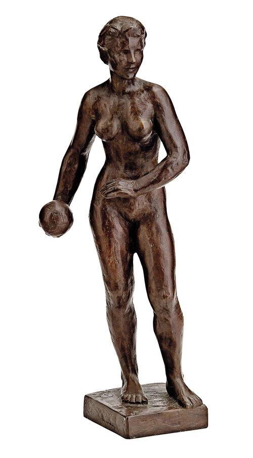 Kvinnelig akt med ball